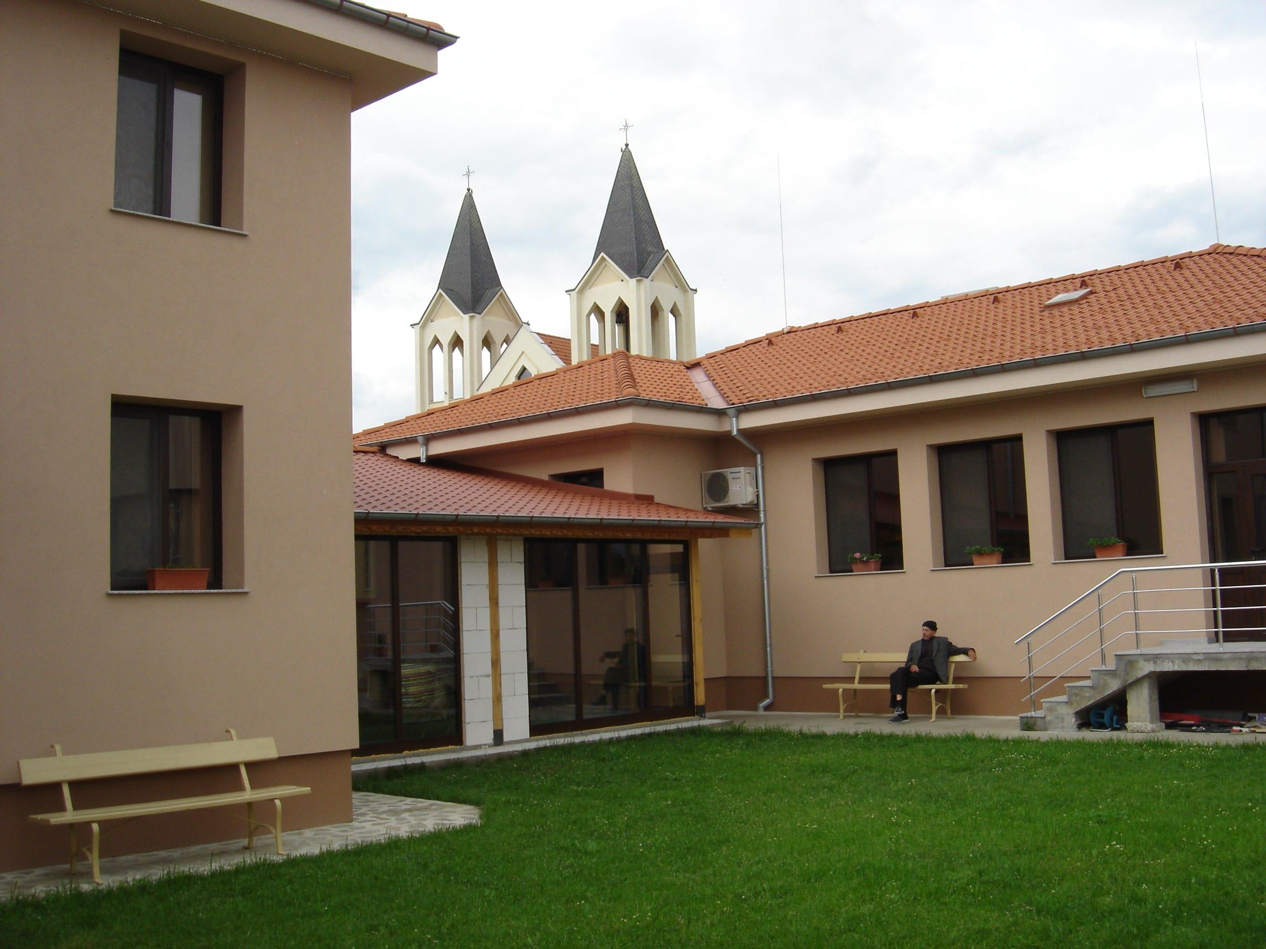 Дом за възрастни хора Св. Йосиф